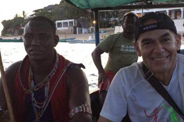 La misión humanitaria de Dr.Barrientos Naz en Kenia